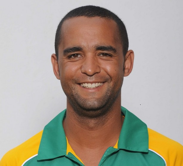 JOHANNESBUG, SOUTH AFRICA - JANUARY 24, Robin Peterson during the South African national cricket team photocall session at Bidvest Wanderers Stadium on January 24, 2011 in Johannesburg, South Africa Photo by Lee Warren / Gallo Images